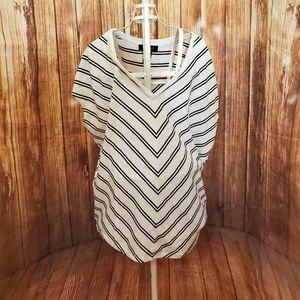 White House Black Market Striped T Shirt Sz XS♡